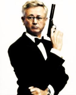 Giulio Tremonti in versione James Bond